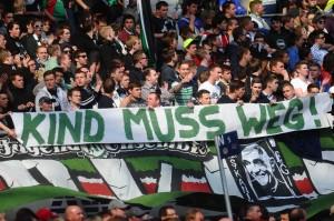 Hannover-Fans mit Protest gegen Präsident Kind