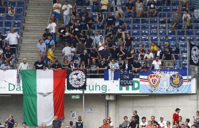 10 08 2014 HDI Arena Hannover Testspiel Hannover 96 GER vs Lazio Rom IT im Bild Die Fans vo